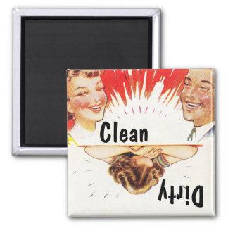 Lavaplatos sucio limpio de la diversión retra del imanes