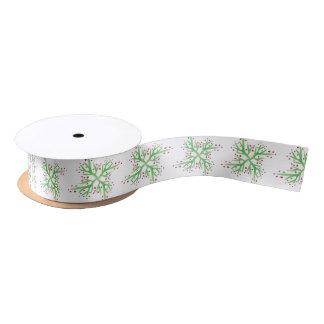 Lazo De Raso envoltorio para regalos del diseño del acebo