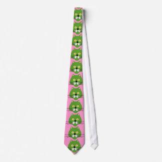 lazo verde de la cara del gato corbata