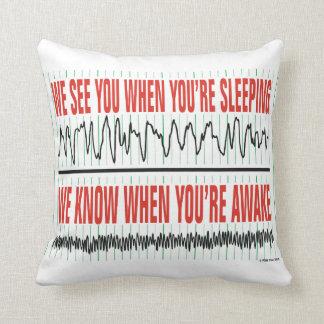 Le vemos cuando usted es almohada el dormir