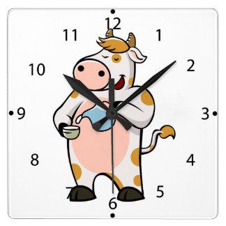leche de consumo de la vaca reloj cuadrado
