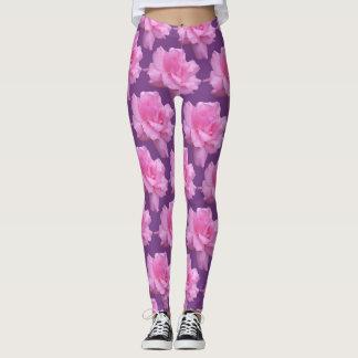 Leggings Rosas rosados en fondo púrpura