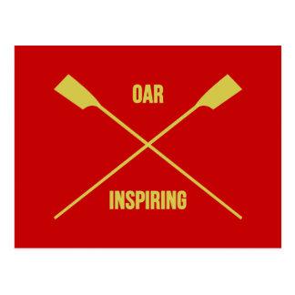 Lema inspirador del remo y remos cruzados rojos postal