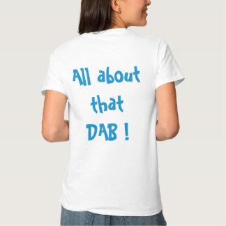 Lenguado con la leva camisetas