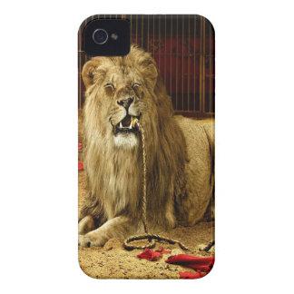 León animal abstracto hambriento iPhone 4 Case-Mate cobertura