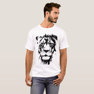 León blanco y negro de la impresión de la camiseta