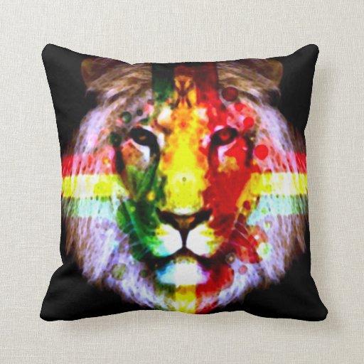 León de Judah Cojines