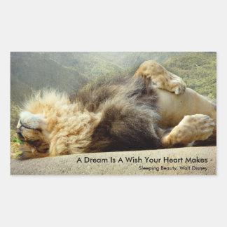 León del parque zoológico que soña con un pegatina