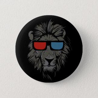 León fresco del gato con el perno negro del botón