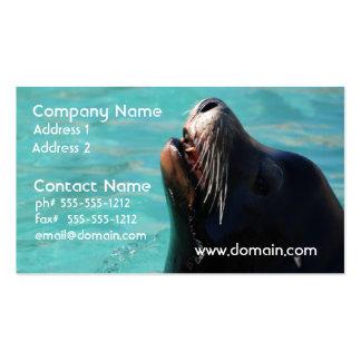 León marino que consigue un poco de aire plantilla de tarjeta de negocio