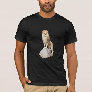 León y camiseta de la roca