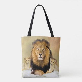 León y la bolsa de asas de los cachorros