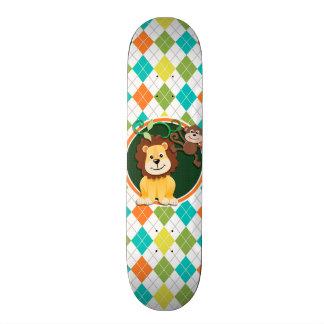 León y mono en el modelo colorido de Argyle Tabla De Skate