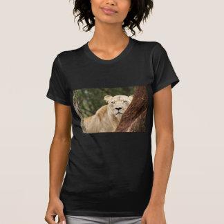 Leona de ocultación camiseta