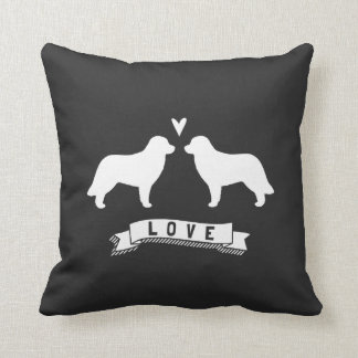Leonberger siluetea amor cojín decorativo