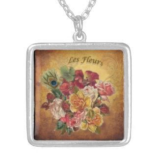 Les Fleurs: Otoño suave Collar Plateado