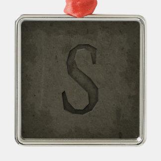 Letra concreta S del monograma Adorno Navideño Cuadrado De Metal
