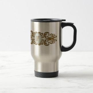 Letra enrollada adornada F del monograma Taza De Café