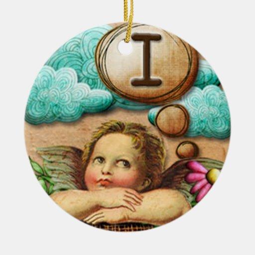letra inicial I de la querube del ángel de las ilu Ornamentos De Navidad
