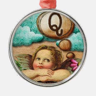 letra inicial Q de la querube del ángel de las ilu Ornamentos De Reyes Magos