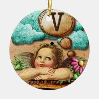letra inicial V de la querube del ángel de las ilu Ornamentos De Reyes Magos