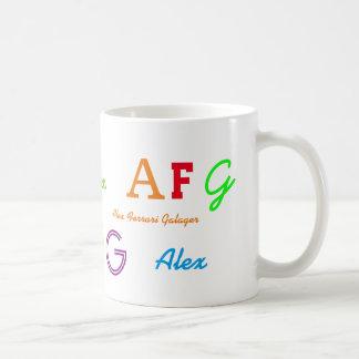 letras coloridas del inicial del niño/conocidas taza de café
