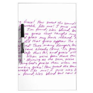 Letras manuscritas de la tolerancia asombrosa tablero blanco