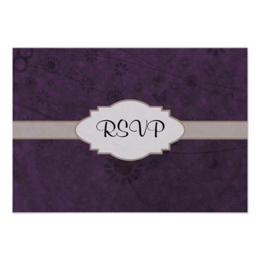 Letrero abstracto floral retro púrpura comunicado