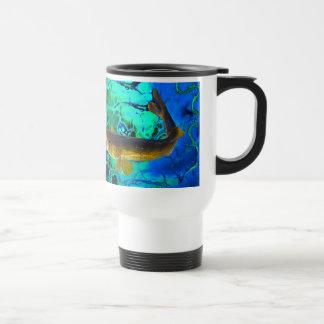 Leucomas de la natación, arte de los pescados del  taza