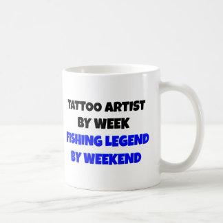 Leyenda de la pesca del artista del tatuaje taza de café