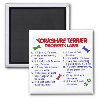 Leyes 2 Yorkie de la propiedad de YORKSHIRE TERRIE Imán Cuadrado
