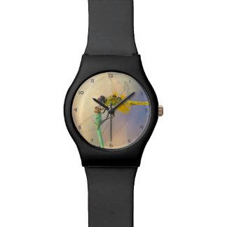 Libélula colorida reloj de pulsera