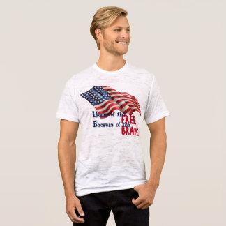 Libre y valiente camiseta