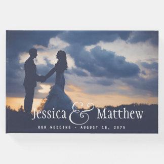 Libro de visitas moderno del boda de la foto