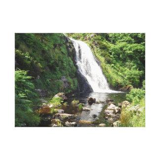 Lienzo Cascada de Assaranca, Irlanda