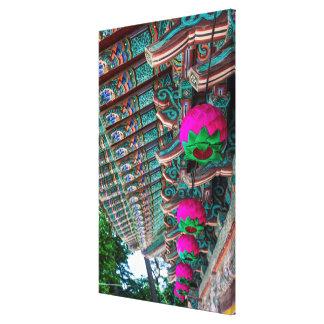 Lienzo Detalle coreano del tejado del templo