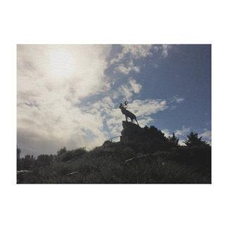 Lienzo El monumento del caribú en Terranova Memorial Park
