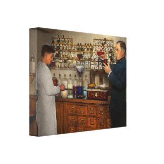 Lienzo Farmacia - el mixologist 1905