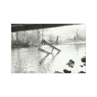 Lienzo Fotografía blanco y negro de la vieja puerta de la