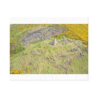 Lienzo Fuerte de Edimburgo sobre las colinas