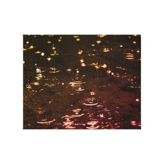 Lienzo Gotas de lluvia en la puesta del sol de la tarde