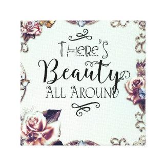 Lienzo Hay belleza todo alrededor de mariposas y de rosas