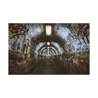 Lienzo Lona de la decadencia urbana del túnel de la