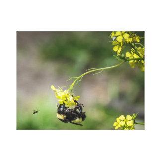Lienzo Manosee la abeja
