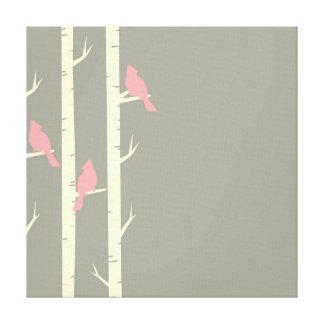 Lienzo Pájaros grises y rosados lindos encaramados en