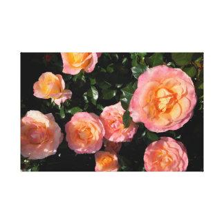 Lienzo Rosas suavemente amarillos y rosados