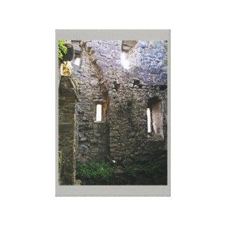 Lienzo Ruinas de Caulfied del castillo