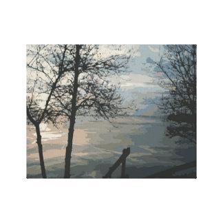 Lienzo Salida del sol de niebla del lago