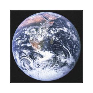 Lienzo Tierra de mármol azul en negro