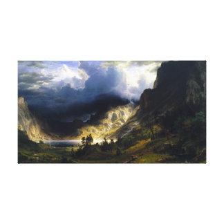 Lienzo Una tormenta en las montañas rocosas